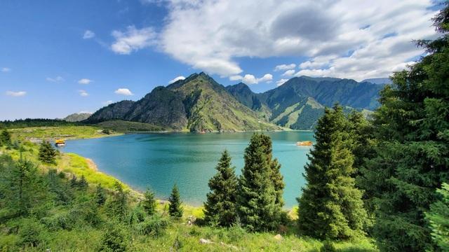 Hồ sâu nhất thế giới trên núi cao, chứa 2 tỷ tấn nước nhưng cá khó sống - 4