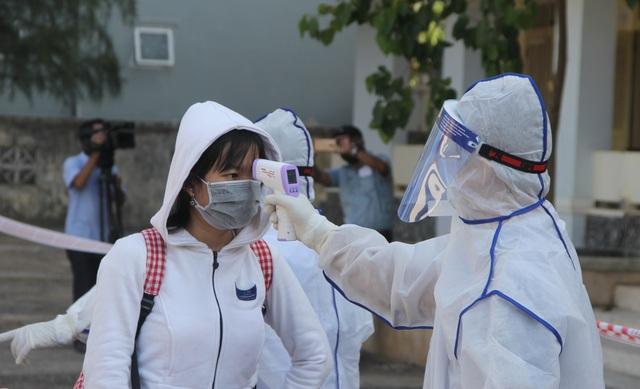 Phú Yên đón 122 công dân từ Đà Nẵng về cách ly theo dõi - 3