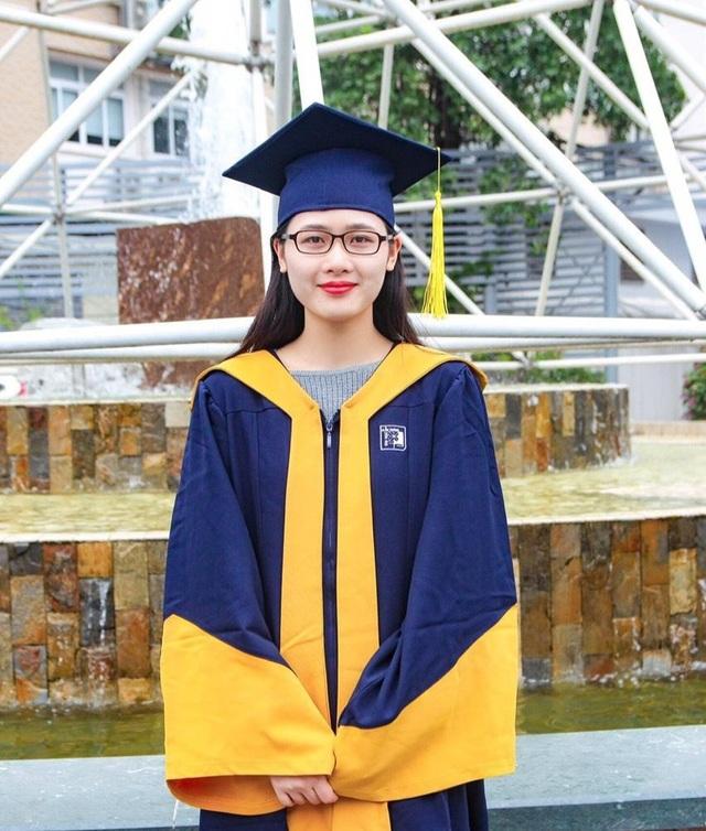 Nữ sinh xinh đẹp trở thành Thủ khoa ở trường đại học có 95% là nam giới - 1