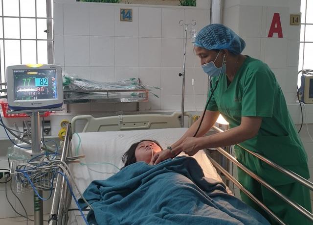 Cần Thơ: Cứu sống mẹ con sản phụ bị tim bẩm sinh rất nặng - 1