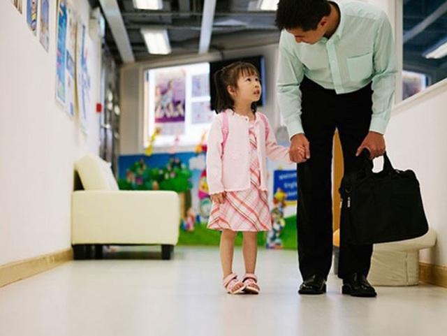 Cách rất hay để cha mẹ giúp con dậy sớm vui vẻ đến trường - 2