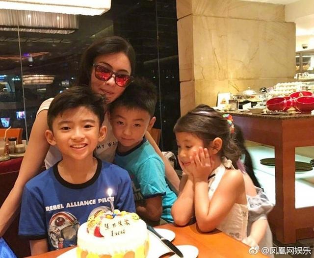 Trương Bá Chi phủ nhận thông tin mang thai lần bốn - 5