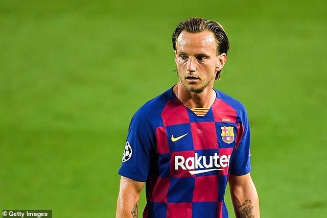 Barcelona chuẩn bị chia tay Arturo Vidal và Ivan Rakitic - 1