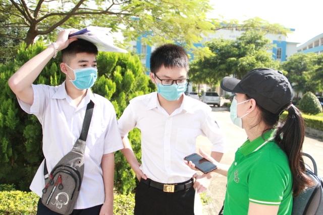 Đắk Lắk: Bố trí khách sạn, xe đưa đón thí sinh ngoại tỉnh dự thi tốt nghiệp - 2