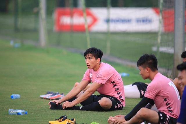 Văn Hậu đá chính, CLB Hà Nội thắng Viettel trước ngày V-League trở lại - 2