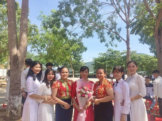 Nữ sinh xinh đẹp huyện biên giới đạt 29,75 điểm xét tuyển đại học - 5