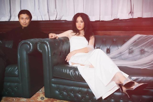 Cựu người mẫu Chung Vũ Thanh Uyên: Vợ chồng tôi gắn bó 24 năm vì yêu - 1