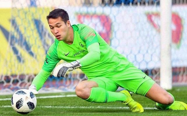 Đội bóng của Filip Nguyễn rộng cửa tiến sâu ở vòng loại cúp châu Âu - 1