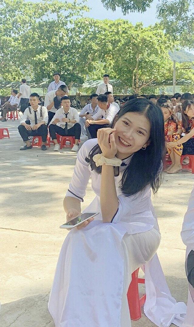 Nữ sinh xinh đẹp huyện biên giới đạt 29,75 điểm xét tuyển đại học - 1