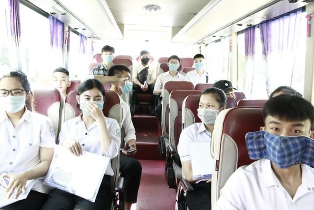 Đắk Lắk: Bố trí khách sạn, xe đưa đón thí sinh ngoại tỉnh dự thi tốt nghiệp - 3