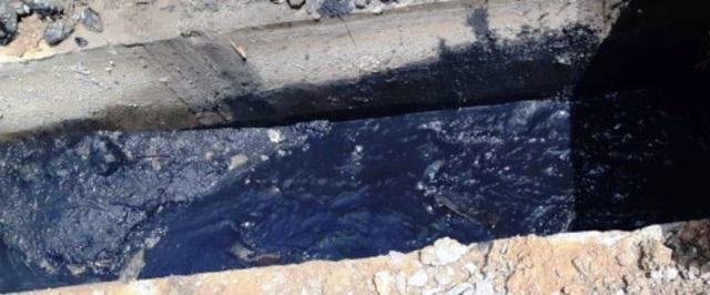Vụ nước thải lênh láng trên quốc lộ: Khơi thông dòng chảy, xử lý ô nhiễm  - 3
