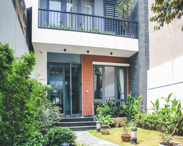 Gia đình ở Hà Nội trồng cả vườn cây xanh đẹp hiếm có trong căn nhà phố - 4