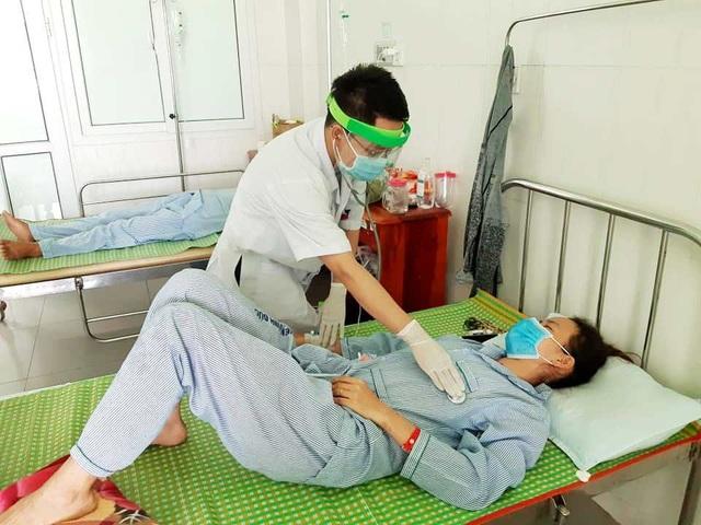 Quảng Nam: Cấp cứu 3 trường hợp ngộ độc nghi do pate Minh Chay - 1