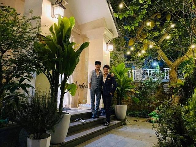 Có gần 20 căn nhà, Quang Hà sống thế nào trong biệt thự 20 tỷ đồng? - 3