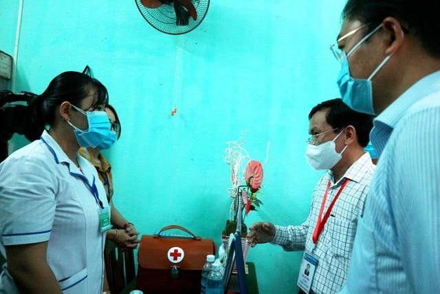 Cục trưởng Mai Văn Trinh kiểm tra công tác coi thi tốt nghiệp tại Quảng Nam - 5