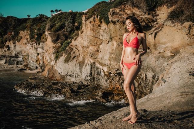 Hot girl Đan Cha khoe dáng gợi cảm dù đang bị kẹt ở Mỹ vì dịch Covid-19 - 4