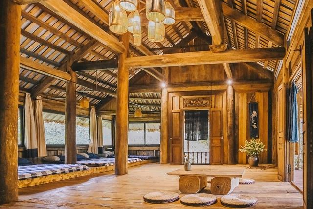 Chán biệt thự nhà phố, nhà giàu Việt về quê làm nhà mái rạ giản dị mà đẹp - 10