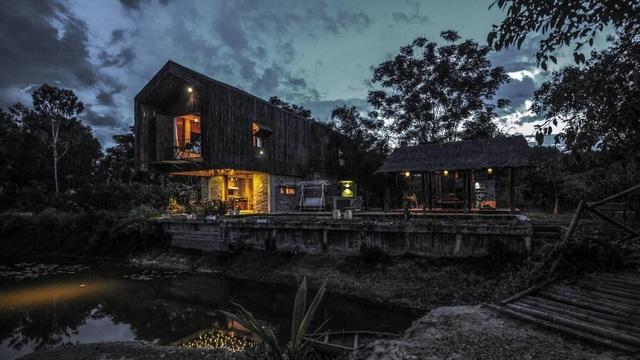 Chán biệt thự nhà phố, nhà giàu Việt về quê làm nhà mái rạ giản dị mà đẹp - 16