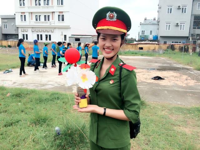 Nữ thủ khoa của Học viện Cảnh sát tiết lộ về kỷ luật thép trong trường - 2