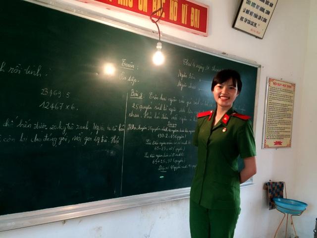 Nữ thủ khoa của Học viện Cảnh sát tiết lộ về kỷ luật thép trong trường - 4