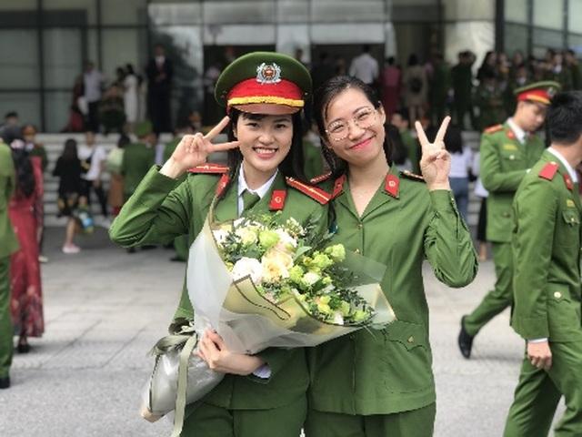 Nữ thủ khoa của Học viện Cảnh sát tiết lộ về kỷ luật thép trong trường - 6