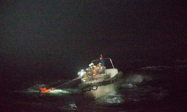 Tàu chở 43 thủy thủ và 6.000 gia súc chìm ngoài khơi Nhật Bản - 2