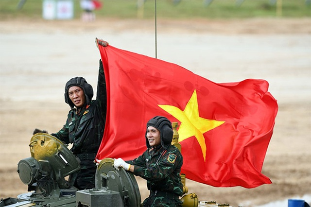 """Việt Nam lọt vào chung kết """"Xe tăng hành tiến"""" tại Army Games - 1"""