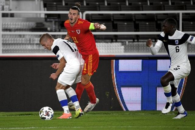 Gareth Bale gây thất vọng trong màu áo đội tuyển Xứ Wales - 1