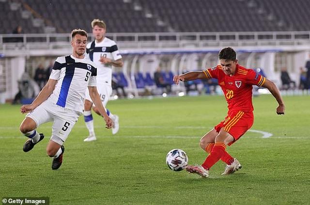 Gareth Bale gây thất vọng trong màu áo đội tuyển Xứ Wales - 6