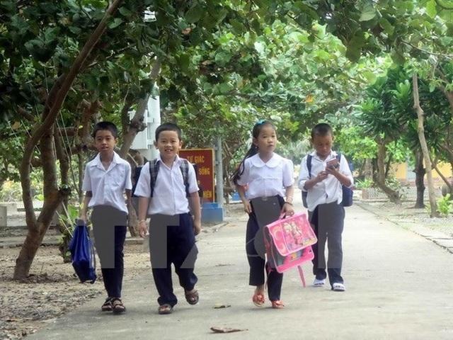 Khánh Hòa có 5 giáo viên dạy học ở Trường Sa năm học 2020-2021 - 1