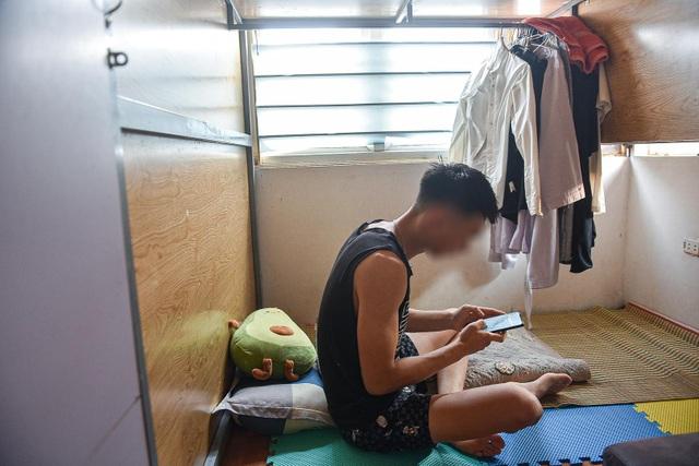 Cuộc sống khó tin bên trong những phòng trọ hộp diêm chỉ 3m2 ở Hà Nội - 5