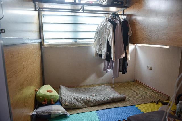 Cuộc sống khó tin bên trong những phòng trọ hộp diêm chỉ 3m2 ở Hà Nội - 7