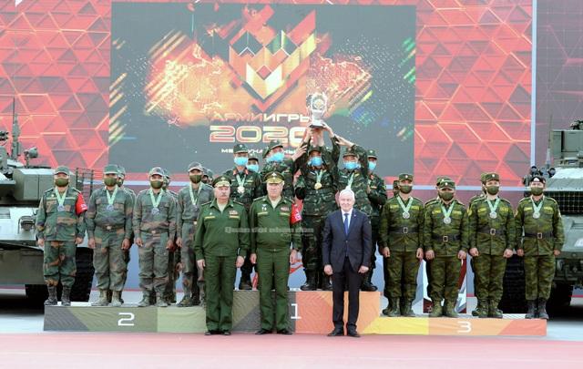 Đội tuyển Xe tăng Việt Nam nhận Huy chương vàng và Cúp vô địch tại Army Games - 4