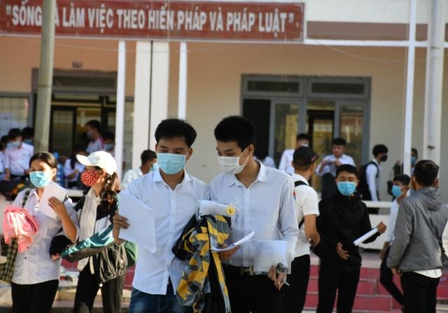 Quảng Ngãi: 2 thí sinh vi phạm quy chế trong kỳ thi tốt nghiệp THPT đợt 2 - 1