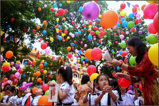 Gần 23 triệu học sinh cả nước chào đón năm học mới trong dịch Covid-19 - 1