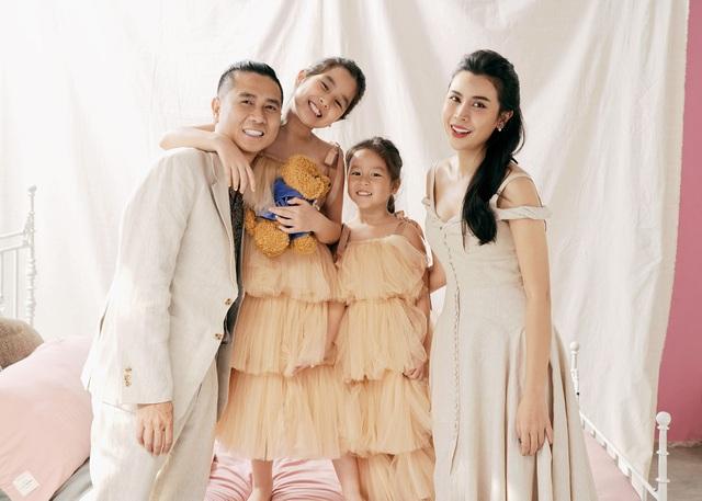 Hồ Hoài Anh buộc tóc lạ, tung ảnh chụp cùng mẹ con Lưu Hương Giang - 3