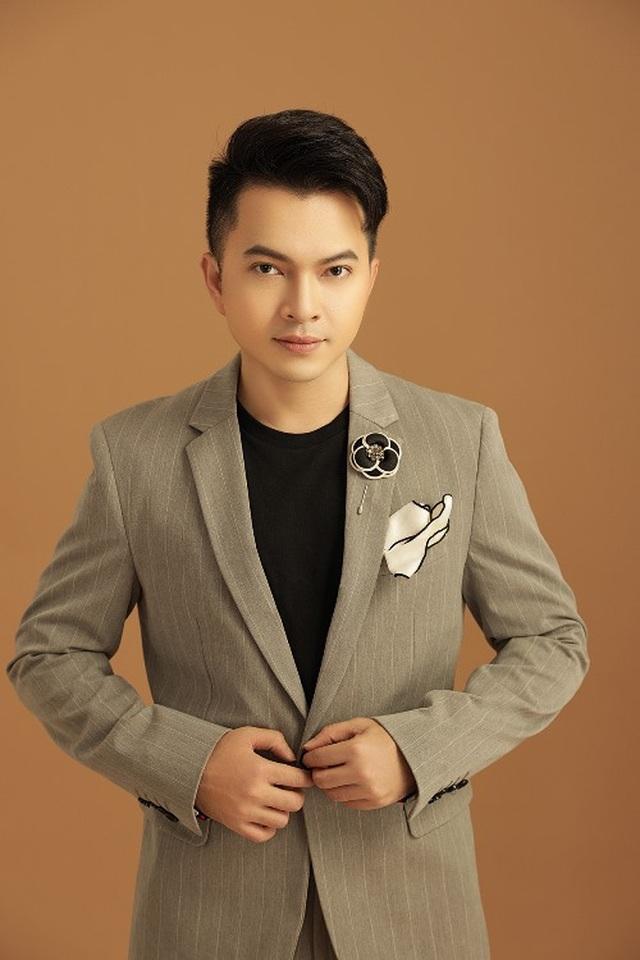 Quý Bình trở lại âm nhạc trong liveshow của Trúc Thy - 3