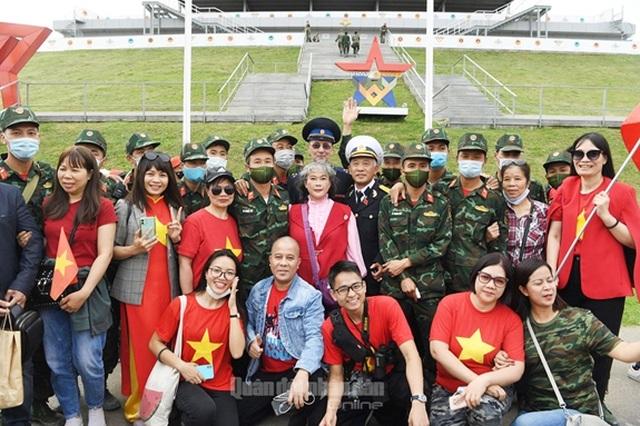 Đội tuyển Xe tăng Việt Nam nhận Huy chương vàng và Cúp vô địch tại Army Games - 7