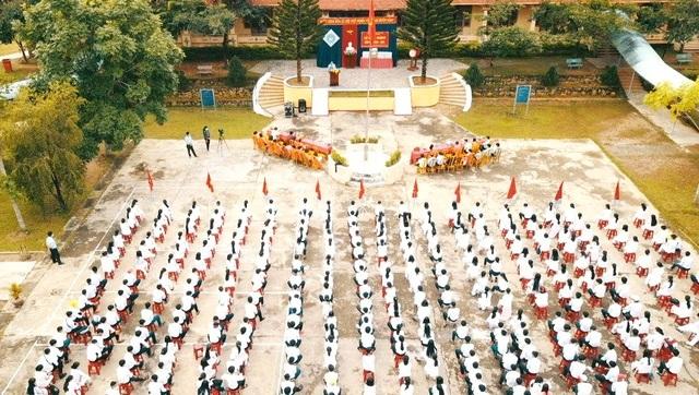 Lễ khai giảng đặc biệt giữa dịch Covid-19 của gần 23 triệu học sinh - 30