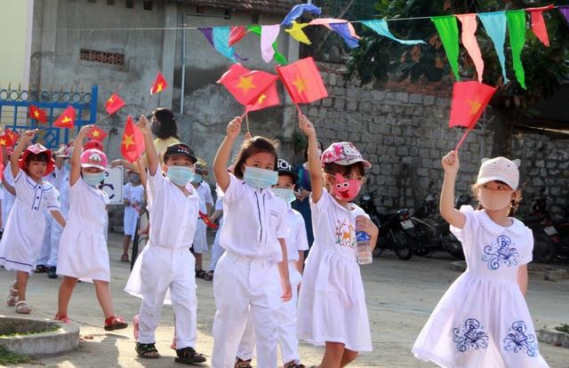 Lễ khai giảng đặc biệt giữa dịch Covid-19 của gần 23 triệu học sinh - 59