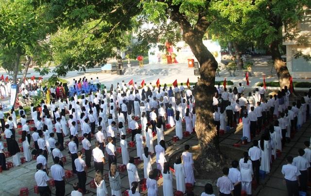 Lễ khai giảng đặc biệt giữa dịch Covid-19 của gần 23 triệu học sinh - 47