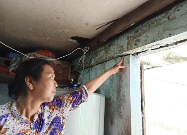 Thương hoàn cảnh gia đình 12 người sống trong một nhà cùng 3 chiếc xe lăn - 3