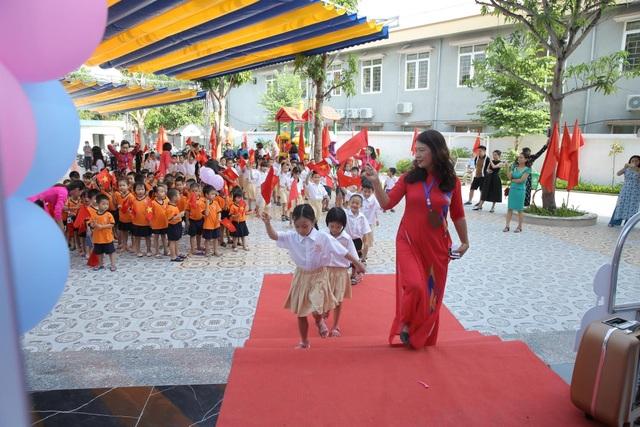 Lễ khai giảng đặc biệt giữa dịch Covid-19 của gần 23 triệu học sinh - 36
