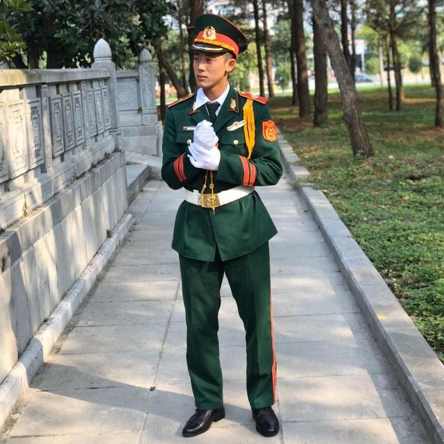 Chàng quân nhân 2K nổi tiếng cộng đồng mạng nhờ đẹp trai - 1