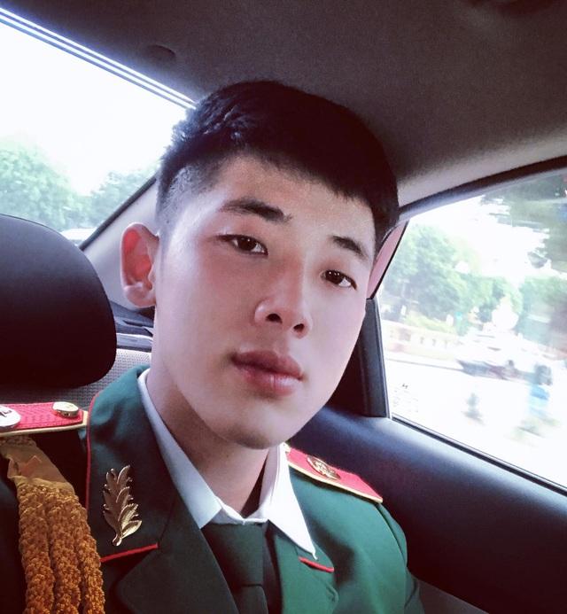 Chàng quân nhân 2K nổi tiếng cộng đồng mạng nhờ đẹp trai - 3