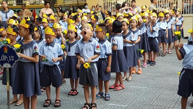 Lễ khai giảng đặc biệt giữa dịch Covid-19 của gần 23 triệu học sinh - 24