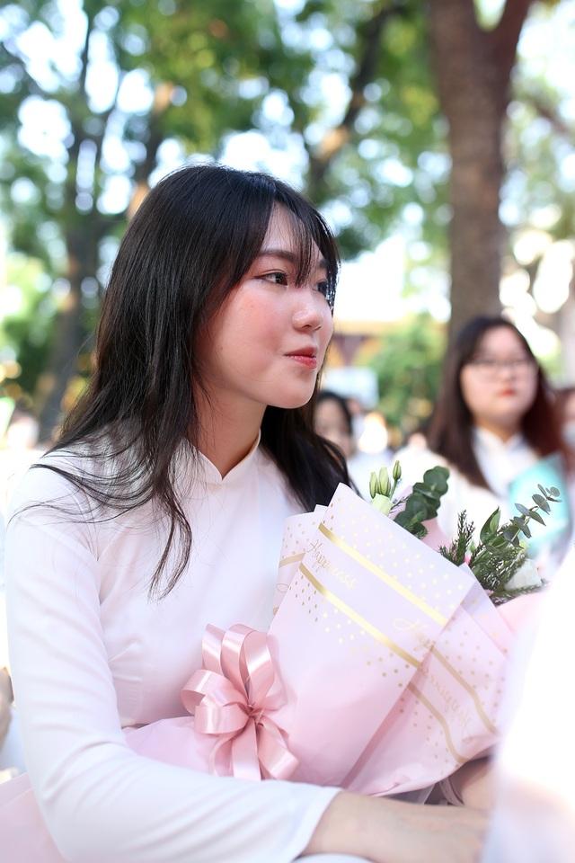 Nữ sinh Phan Đình Phùng khoe sắc trong ngày khai giảng đặc biệt - 9