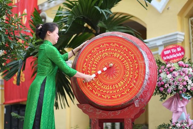 Nữ sinh Phan Đình Phùng khoe sắc trong ngày khai giảng đặc biệt - 3