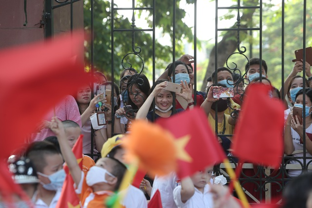Lễ khai giảng đặc biệt giữa dịch Covid-19 của gần 23 triệu học sinh - 11