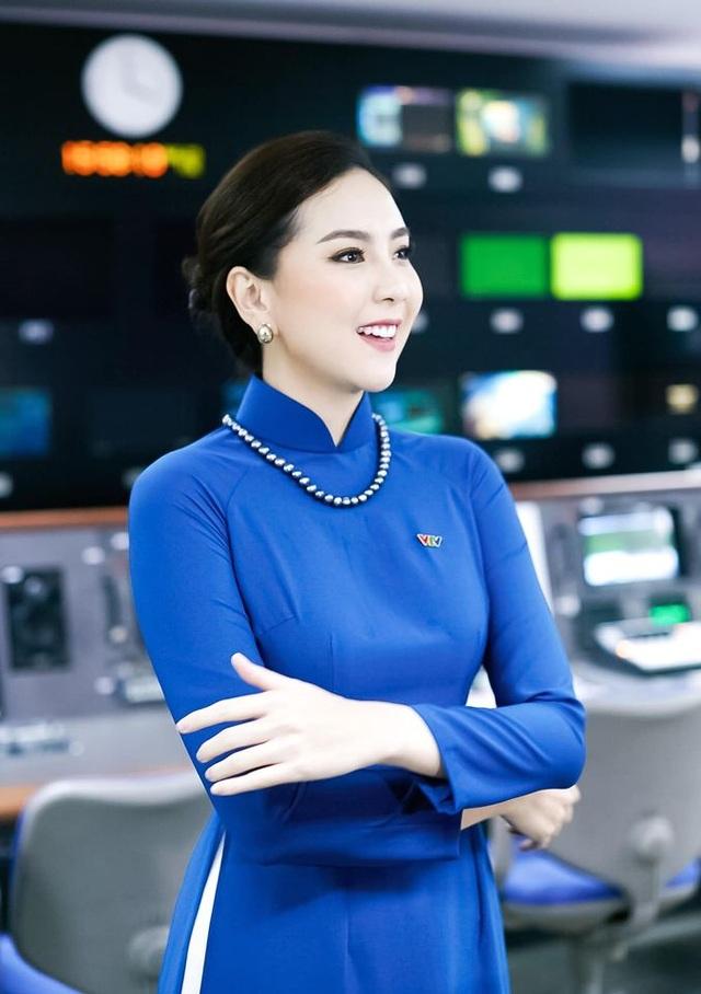 BTV Mai Ngọc được khen giống NSƯT Kim Tiến khi tái hiện MC Thời sự 50 năm - 5